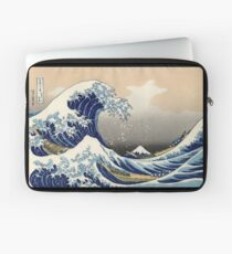 'The Great Wave Off Kanagawa' by Katsushika Hokusai (Reproduction) Laptop Sleeve