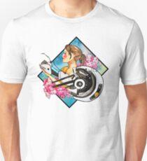 Chell & GLaDOS Unisex T-Shirt