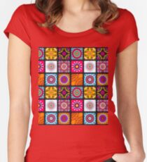 Batik Women's Fitted Scoop T-Shirt
