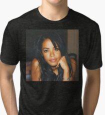RIP AALIYAH Tri-blend T-Shirt