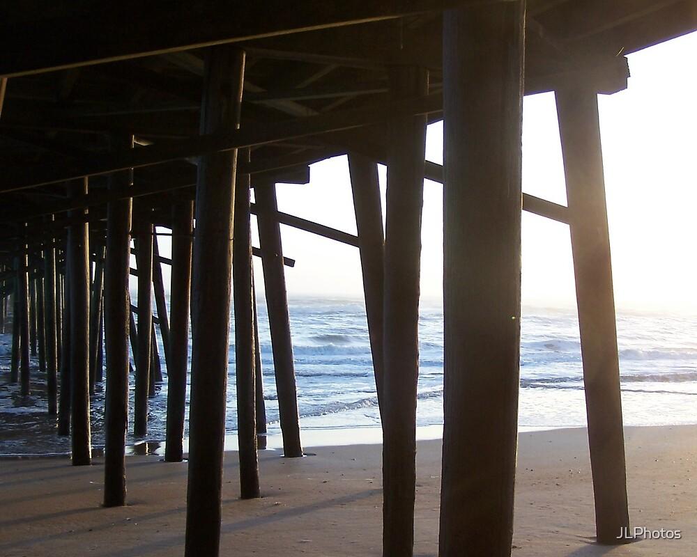 pier pole 2 by JLPhotos