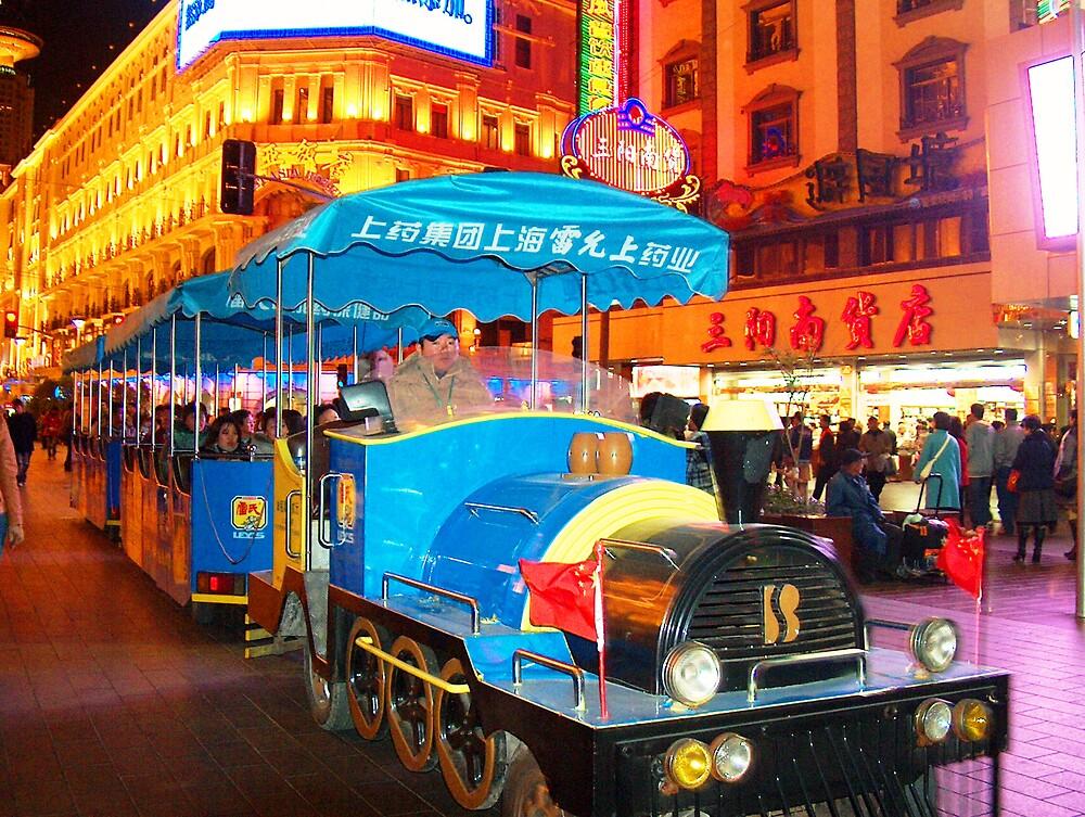 Shopping Train Shanghai China by vtemmert