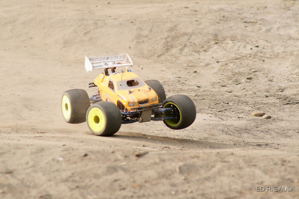 RC car by ED RIGAUD
