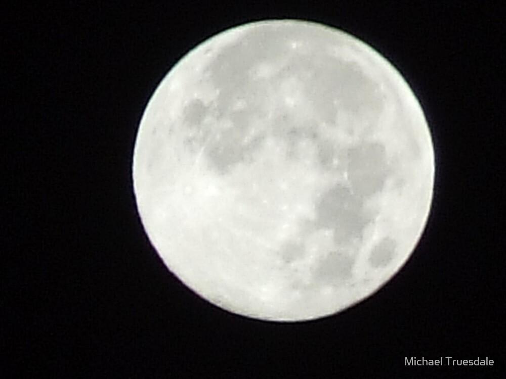 Full moon by Michael Truesdale
