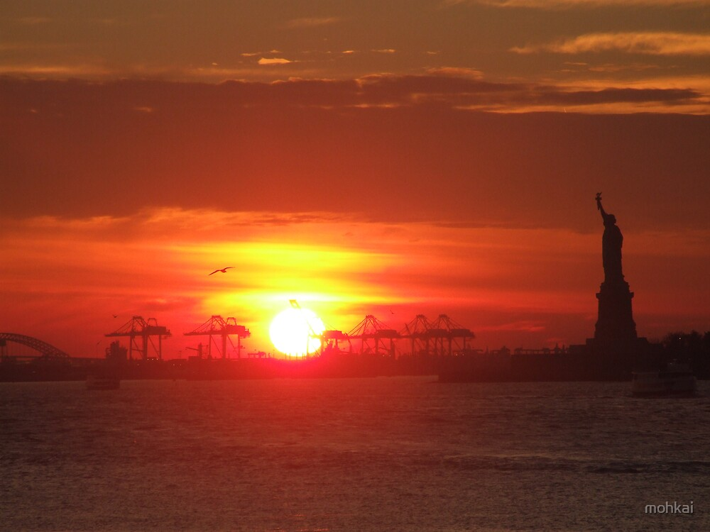statue of liberty by mohkai