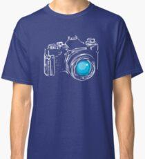 Classic Single Lens Reflex Camera (White) Classic T-Shirt