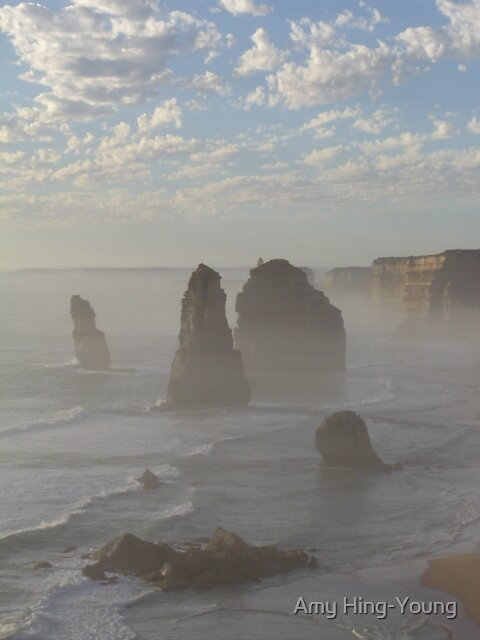 Misty Dawn at 12 Apostles by Amy Hing-Young