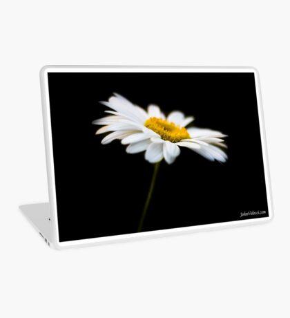 Daisy 7 Laptop Skin
