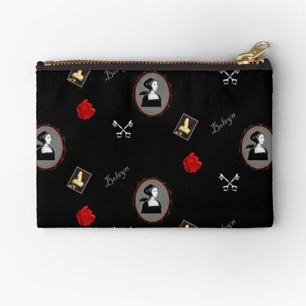 Anne Boleyn print black and red Zipper Pouch