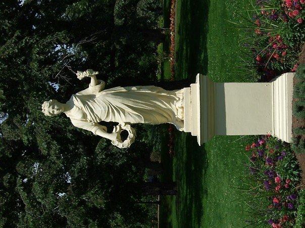 statue by Jason LeRue
