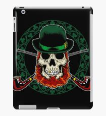 Leprechaun Skull with Crossed Pipes iPad Case/Skin