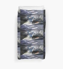 RMS Titanic and her Sister the HMHS Britannic early 20th century Duvet Cover