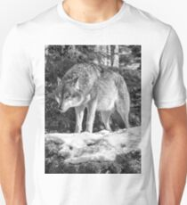 Timber Wolf Winter Menaces Unisex T-Shirt