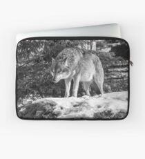 Timber Wolf Winter Menaces Laptop Sleeve