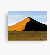 namib pyramid Canvas Print