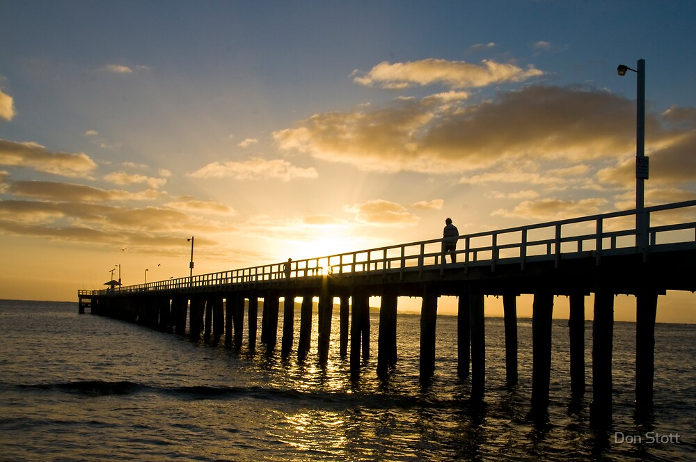 Point Lonsdale Pier by Don Stott