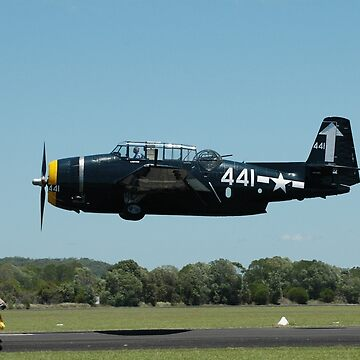Grumman Avenger deck run, Evans Head Airport 2010 by muz2142