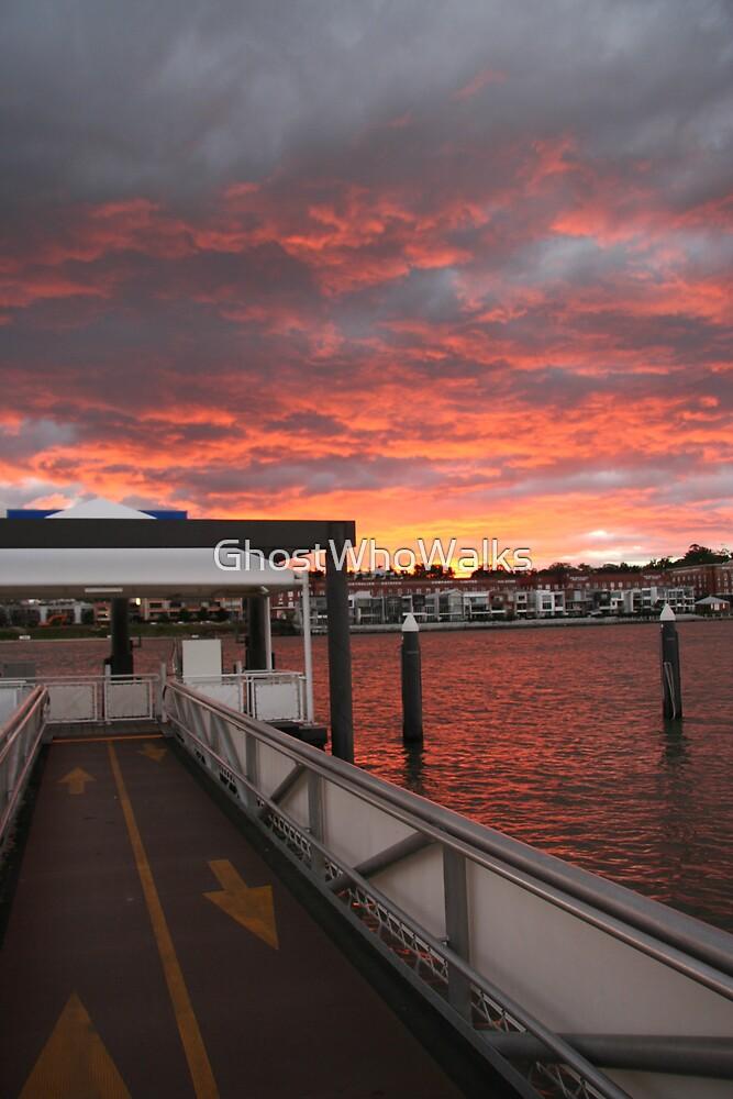 Brisbane River Sunset by GhostWhoWalks