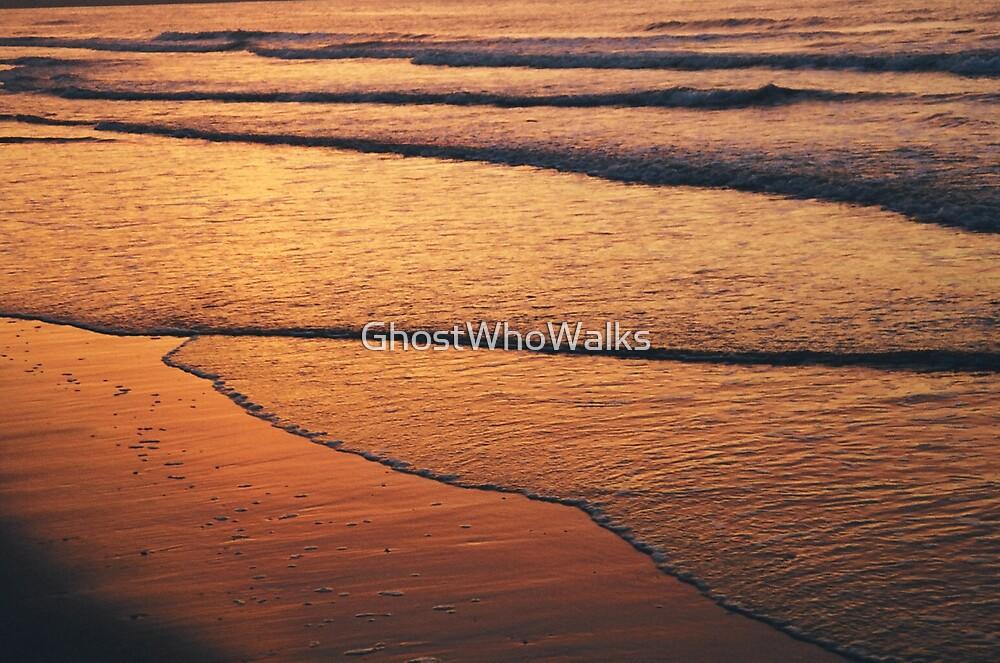 Sunset Waves by GhostWhoWalks