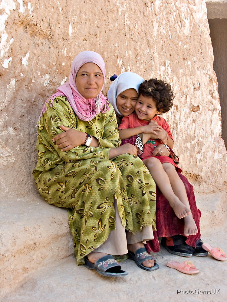 Berber Famely by PhotoGemsUK