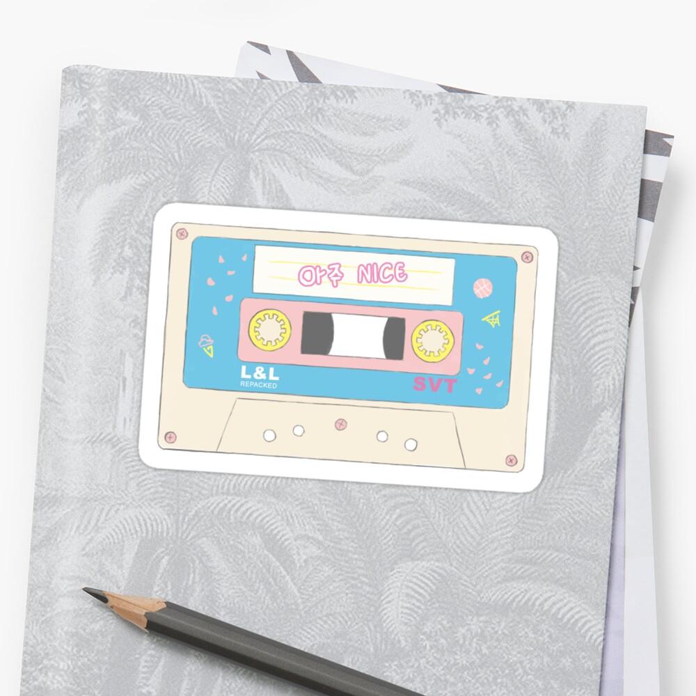 «Cinta de cassette Aju Nice de diecisiete» de ncba