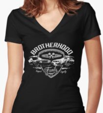fast and furious Women's Fitted V-Neck T-Shirt