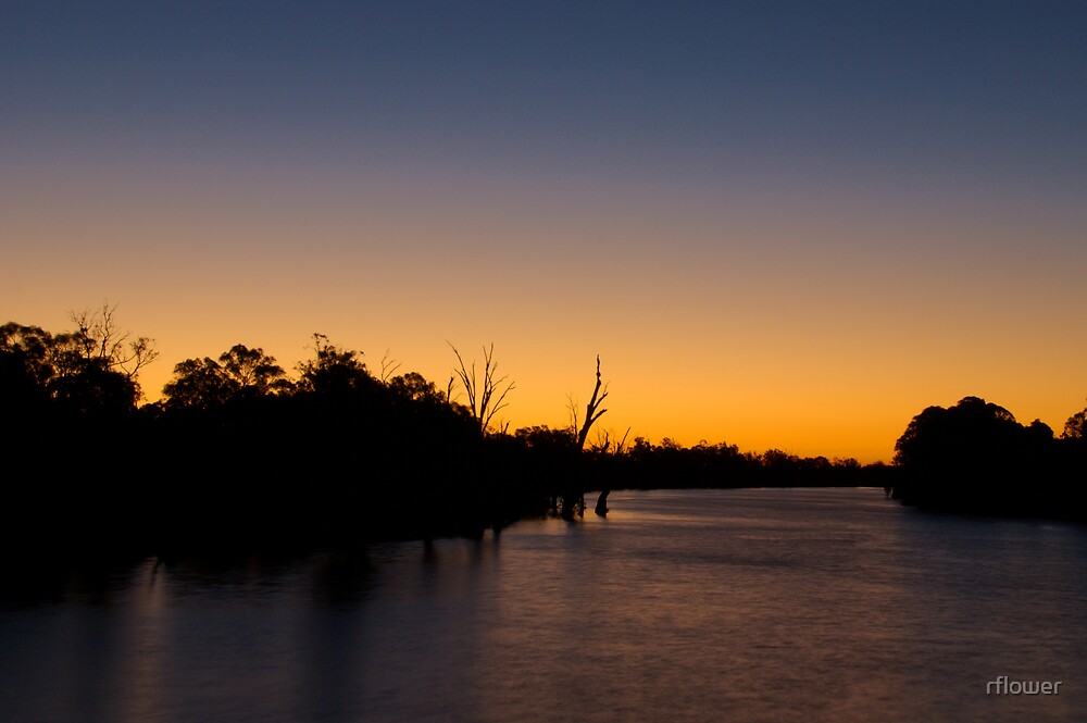 Last light in Mildura by rflower