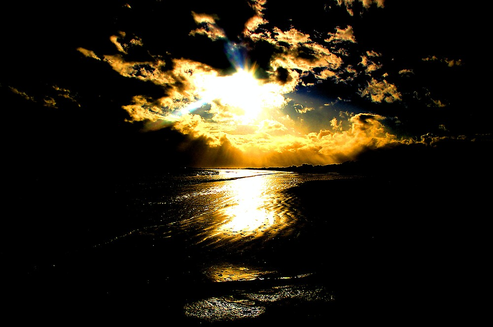 THE SUN SMILES by serenity