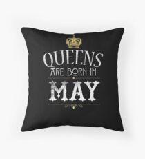 Cojín Las reinas nacen en mayo camiseta del regalo de cumpleaños