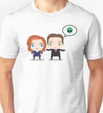 The X-Files - Mulder and Scully Unisex T-Shirt