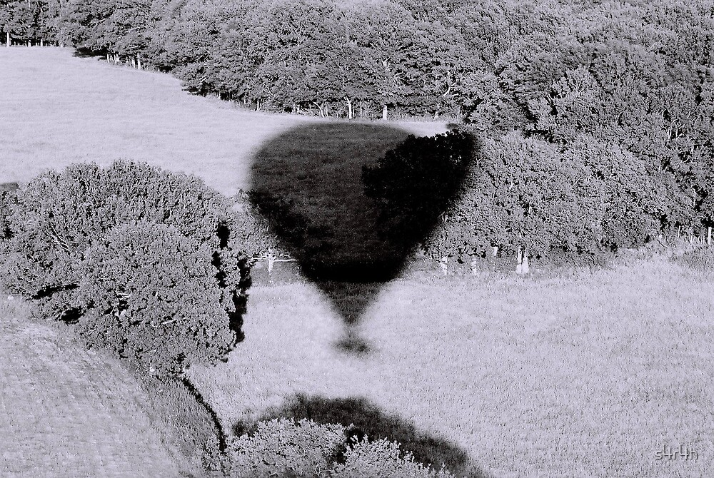 Balloon Shadow by s4r4h
