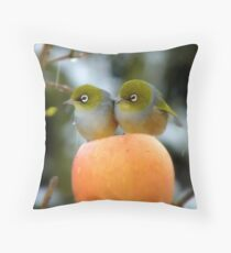 Hun..What Time Is The Parade Supposed To Start? - Silver-Eye - NZ Throw Pillow