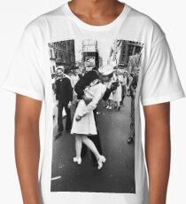 VJ Day Times Square Kiss Long T-Shirt