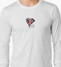 Elliott Smith Figure 8 XO Heart Long Sleeve T-Shirt