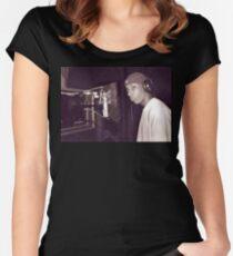 BIG L IN THE STUDIO Women's Fitted Scoop T-Shirt