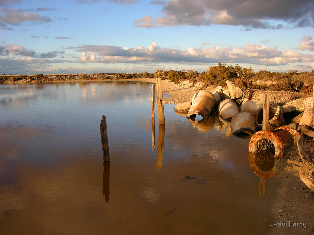 decay at avalon beach by numnuts