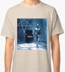 Robotic false Maria from Fritz Lang's Metropolis  Classic T-Shirt