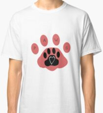 Paws for love Classic T-Shirt