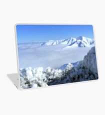 The Sun Does Shine On A Cloudy Day! - Mt Hutt - NZ Laptop Skin