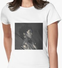 L.HILL Women's Fitted T-Shirt