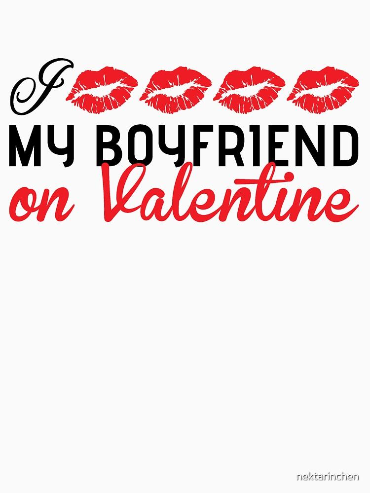I kiss my boyfriend on Valentine by nektarinchen