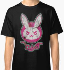 Distressed D.Va Bunny Classic T-Shirt