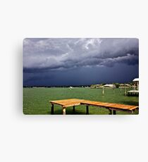 Storm's coming. Canvas Print