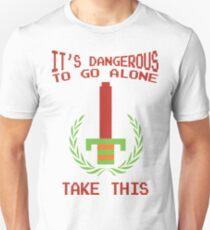 Legend of Zelda - It's Dangerous To Go Alone - Retro Nintendo Video Game Classic Gear T-Shirt