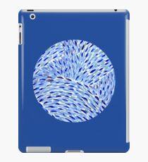 Vincent Blue Circle iPad Case/Skin