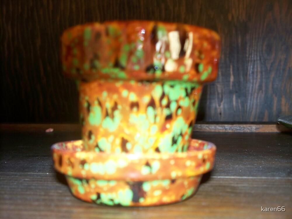 Tiny Pot by karen66