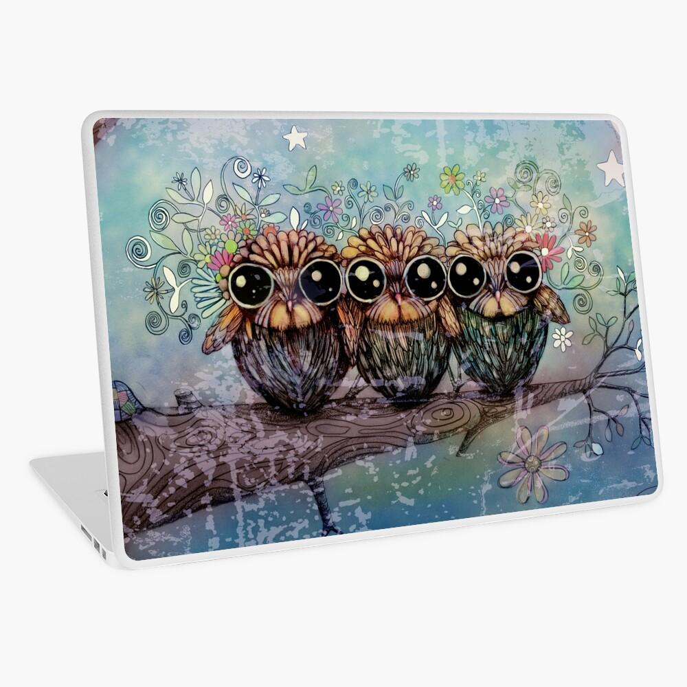 tres pequeños búhos nocturnos Vinilo para portátil