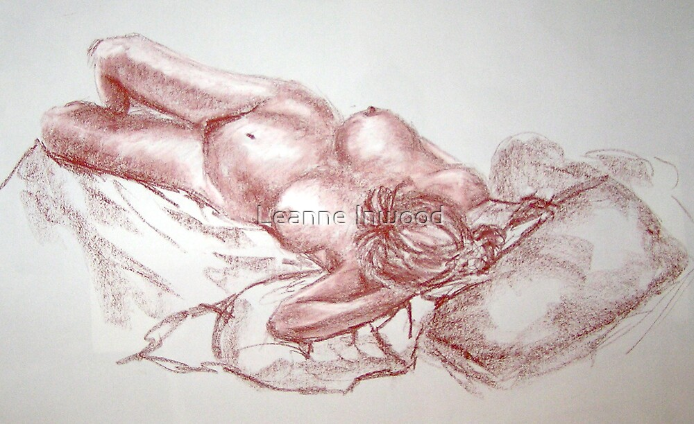 life drawing by Leanne Inwood