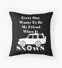 Everyone loves me when it snows Discovery (White) Throw Pillow