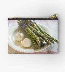 Asparagus and Garlic Studio Pouch